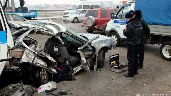 «Заставлял её стоять на Красноярском тракте»: началсясуд над водителем после ДТП у «Арены-Омск»