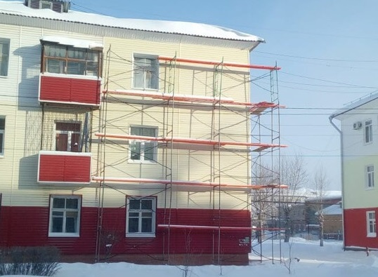 Дом снова покрыт облицованными панелями