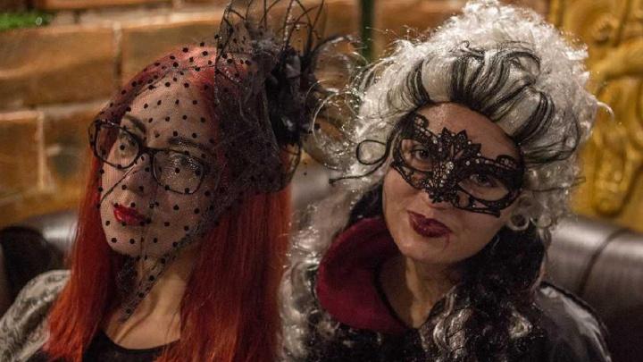 «Мы воспринимаемся как ведьмы»: пермские феминистки приглашают отпраздновать Хеллоуин