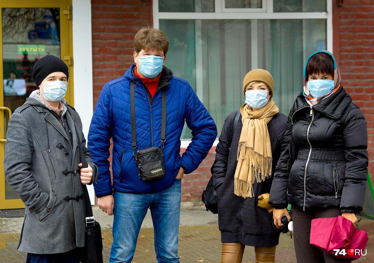Участники акции за чистый воздух вышли на Кировку в медицинских масках