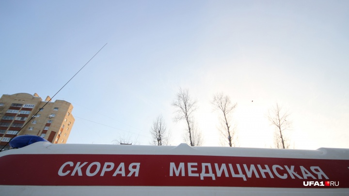 В Уфе мужчина выжил, упав в шахту лифта строящегося дома