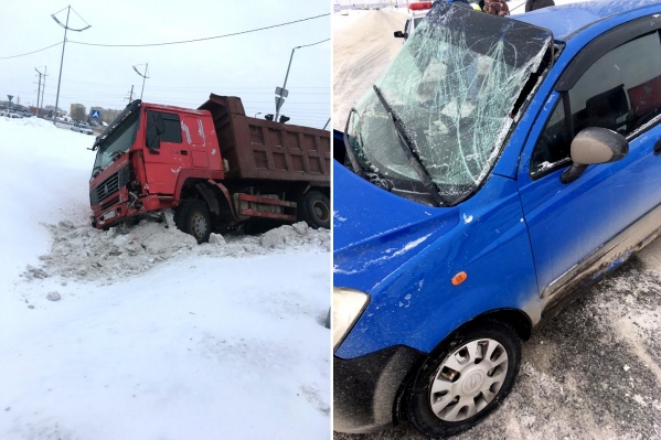 Авария случилась на регулируемом перекрестке