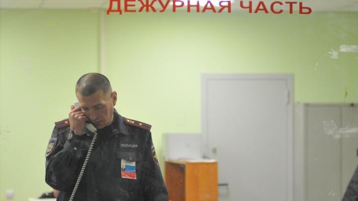 Врач реанимации, которогоколлекторы шантажируют из-за долга медсестры, обратился в полицию Екатеринбурга