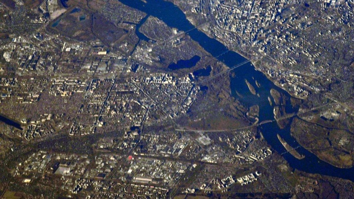 Космонавт сделал снимок Новосибирска с МКС