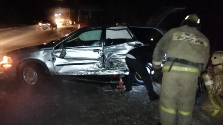 На автотрассе в Котласском районе столкнулись четыре автомобиля