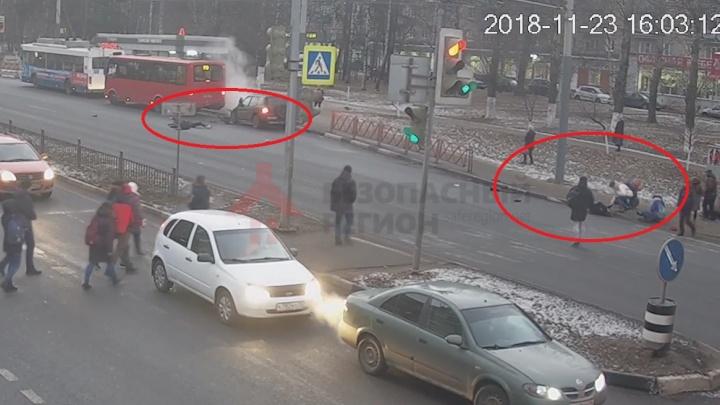 «Наказание мягкое»: в Ярославле вынесли приговор водителю, влетевшему в толпу людей на Московском