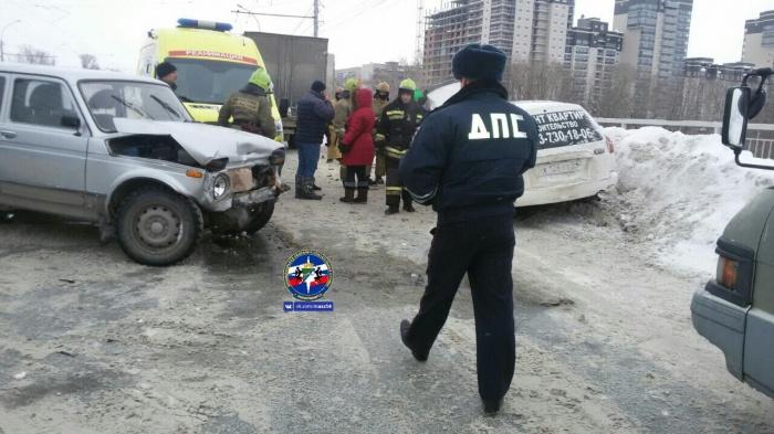 Авария произошла в третьем часу дня