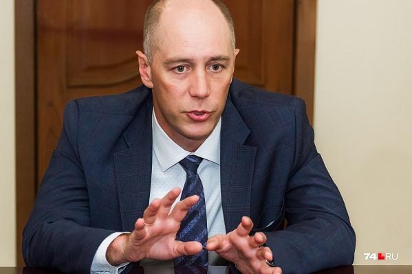 Министр здравоохранения региона Сергей Приколотин намерен искоренить среди медиков даже мысли о жестокости к пациентам