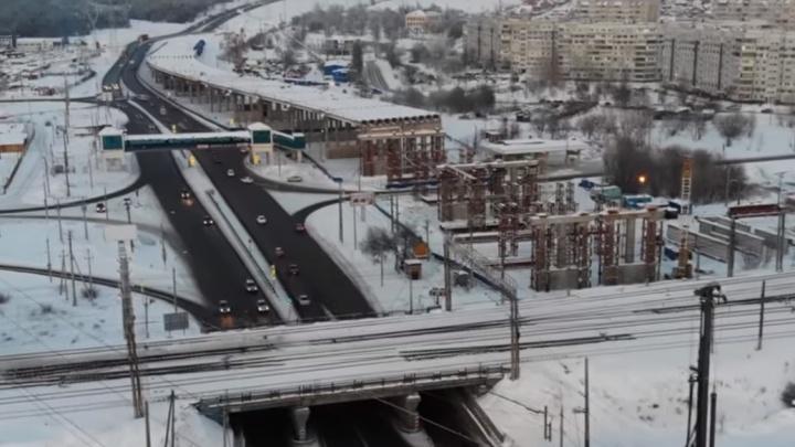 «Вижу очертание дороги!»: смотрим свежее видео со стройки трехуровневой развязки у Жигулевской ГЭС