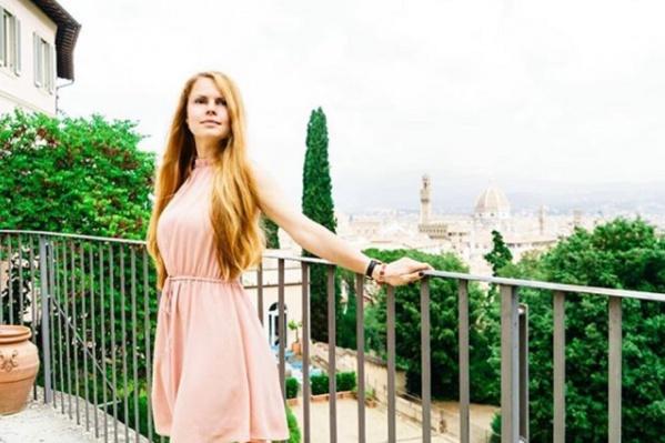 Мария показывает туристам красоты Тосканы и искусство Флоренции
