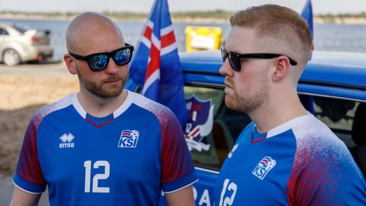 Волгоградцы подарили путешествующим на «Ниве» исландцам музыку