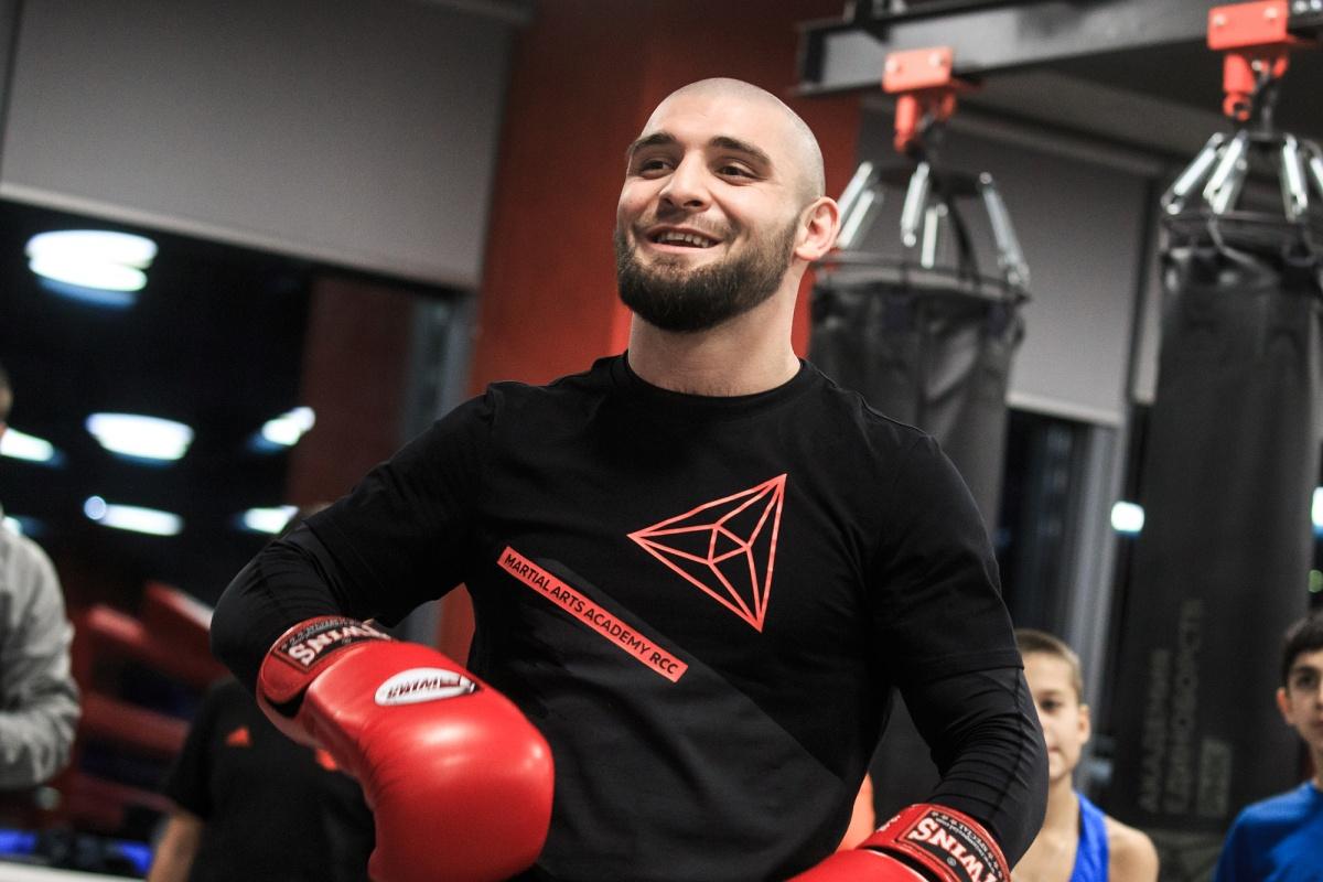 Напомним, что в середине октября Курбанов выступил вчетвертьфинале второго сезона всемирной боксерской суперсерии. Тогда он  сумел одолетьХуана Родригеза из Венесуэлы