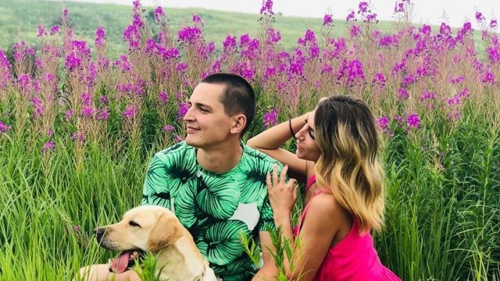 Цветущие поля стали хитом фотосессий у красноярцев: топ мест для красивых кадров