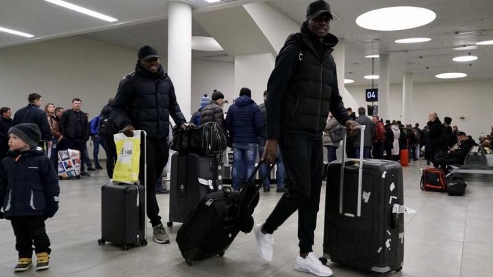 Красноярский «Енисей» потерял часть багажа с экипировкой по дороге в Самару