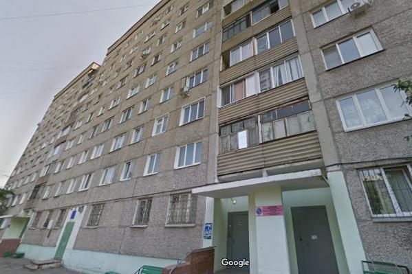 Дом на Ладо Кецховели, 58Б, где и располагается квартира