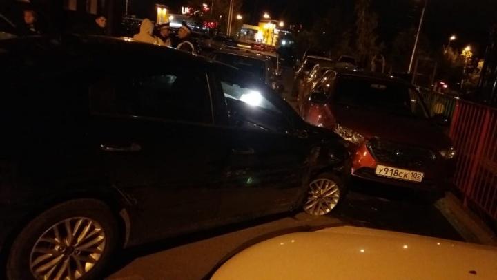 Ночная погоня, протаранены машины: в Уфе пьяный водитель устроил массовую аварию