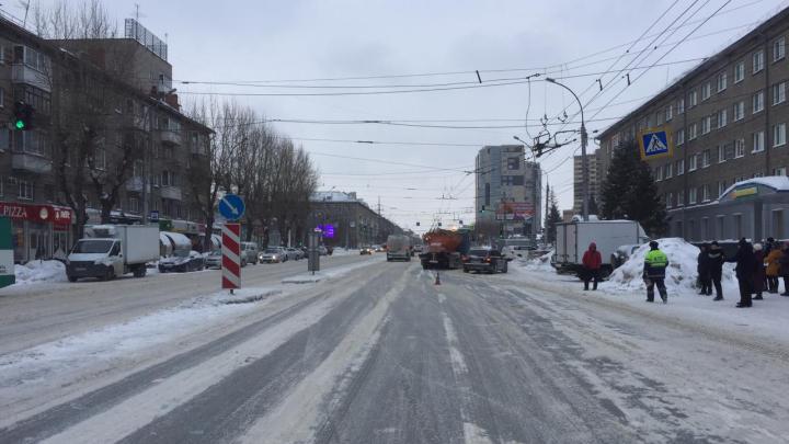 Водитель Audi A6 сбил подростка на проспекте Дзержинского