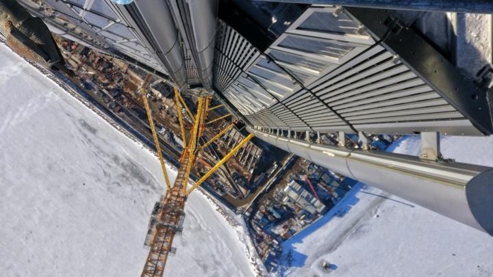 «Без обмороков, но замерзали люто»: архангелогородец рассказал, каково было строить башню «Газпрома»