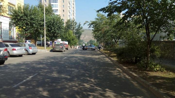 Из-за взрыва в центре перекрыта улица Кирова