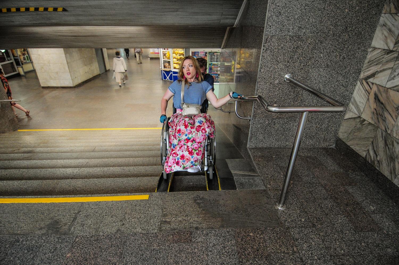 Пандусы в метро подходят разве что для мам с детскими колясками