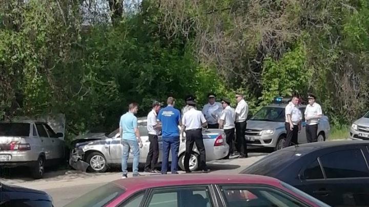 В Сызрани ВАЗ-2110 влетел в патрульную машину ГИБДД