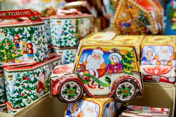 Ярославцам запретили дарить чиновникам подарки. А чиновникам — принимать их