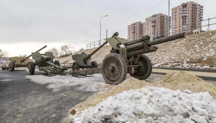 Выстрел памяти: в Волгограде 2 февраля выставка бронетехники завершится артиллерийским залпом