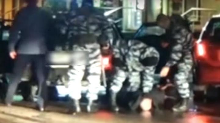 «Дачные воришки»: в Уфе задержание банды попало на видео