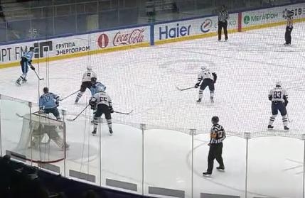Хоккей: «Сибирь» взяла реванш над командой из Братиславы