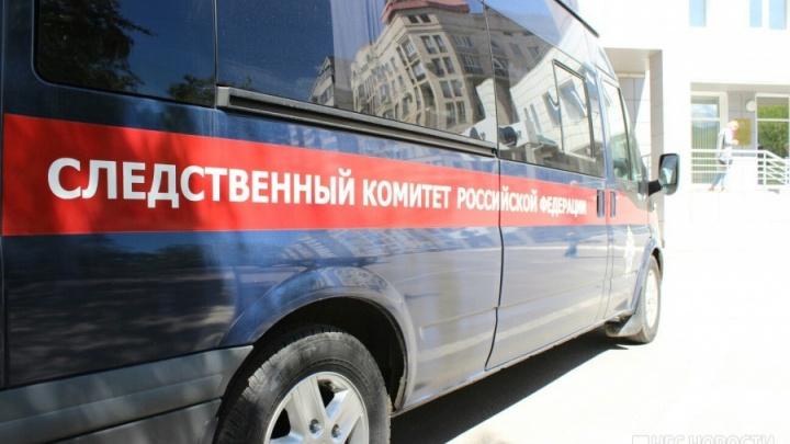 Погрузчик задавил рабочего на заводе под Новосибирском