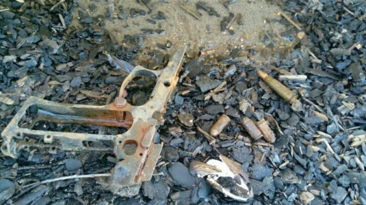 На пермской набережной нашли части пистолета и боевые патроны