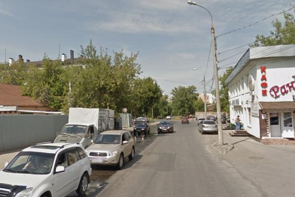 Улицу Челюскинцев реконструируют