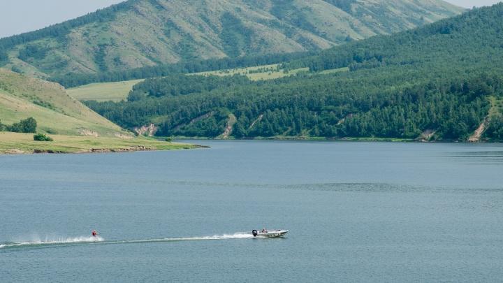 Фермер выиграл 2 миллиона и обустраивает новое красивое место для отдыха на Красноярском море