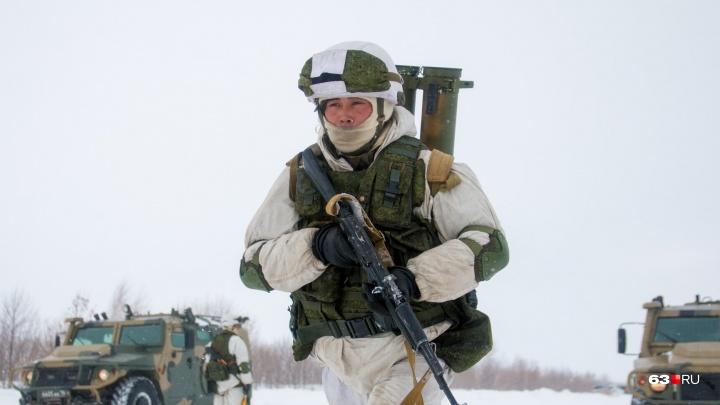 Из-за сильных морозов военные развернули на полигонах Поволжья более 100 пунктов обогрева
