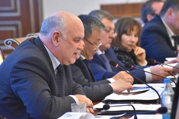 Николай Симонов работал в областном правительстве с 2010 года, а до этого — в мэрии под руководством Владимира Городецкого