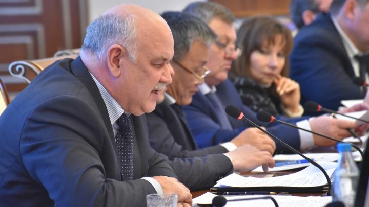Из областного правительства уволили главу министерства промышленности Симонова