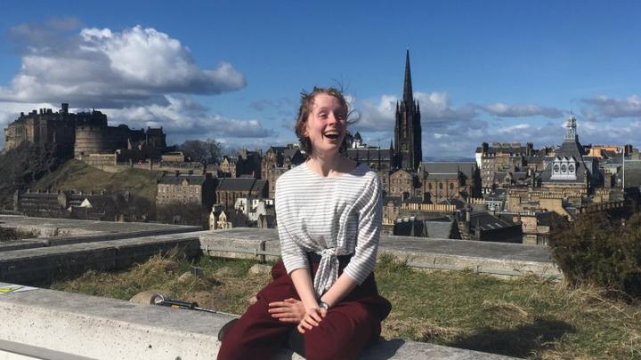 На встречу с шотландской феминисткой в музейном центре ворвалась полиция