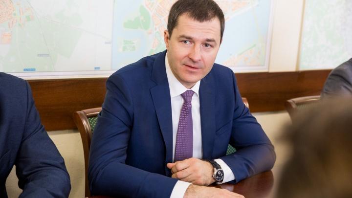 Владимира Волкова назвали самым необразованным мэром в стране