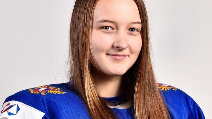 В Корею с клюшкой: новосибирской хоккеистке разрешили выступить на Олимпиаде