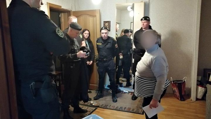 Продали на торгах: ярославна не впускала в пятикомнатную квартиру в центре города нового хозяина
