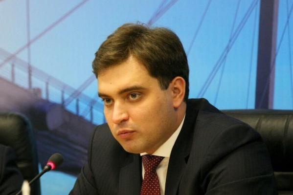 Антон Натаров, подозреваемый в хищениях