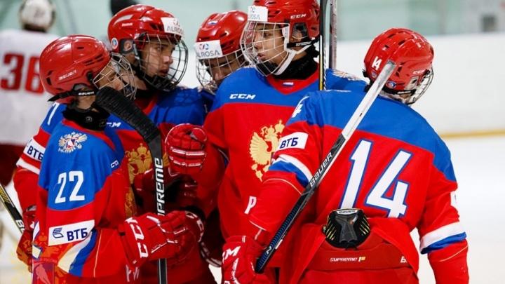 Пятеро воспитанников южноуральского хоккея вошли в состав сборной на юниорский ЧМ