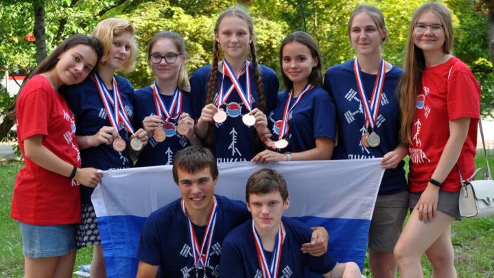 «Разбираемся в редких языках»: школьница из Челябинска завоевала медаль олимпиады по лингвистике
