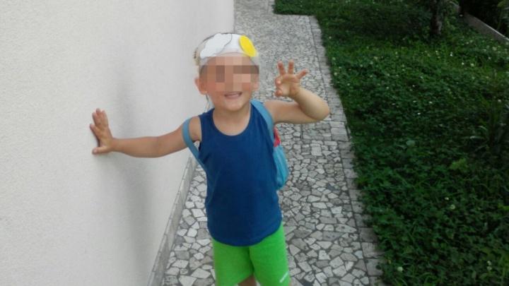 В Челябинске итальянка два дня безуспешно пыталась прорваться к украденному внуку