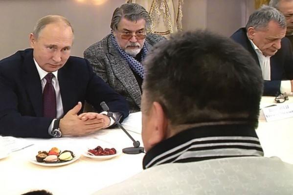 Владимир Путин беседует с режиссёрами и директорами театров