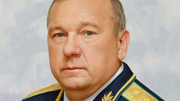 Путин вручил самарскому депутату-десантнику орден Александра Невского