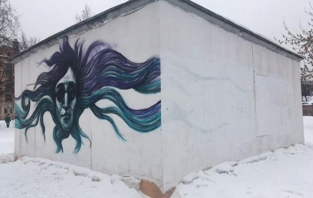 В Петербурге неизвестные закрасили белой краской цитату из песни «Гражданской обороны»