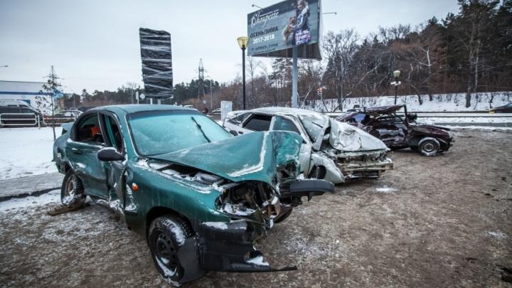 У «Родника» появилось кладбище «хмельных» машин: какие трагедии прячет искорёженный металл