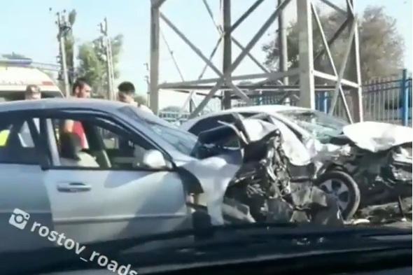 Автомобили KIA и Chevrolet получили серьезные повреждения