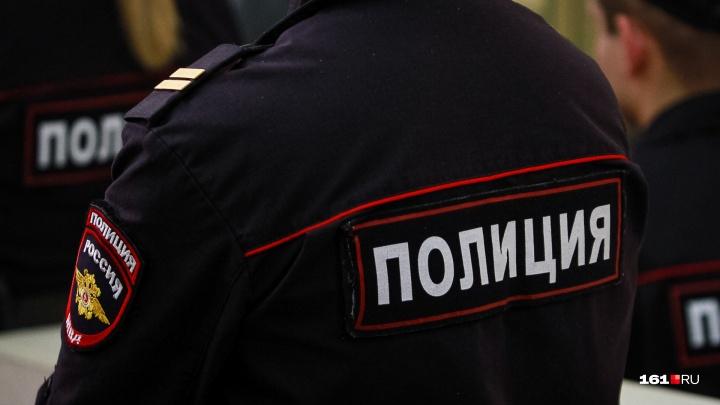 В Ростове на парковке избили полицейского